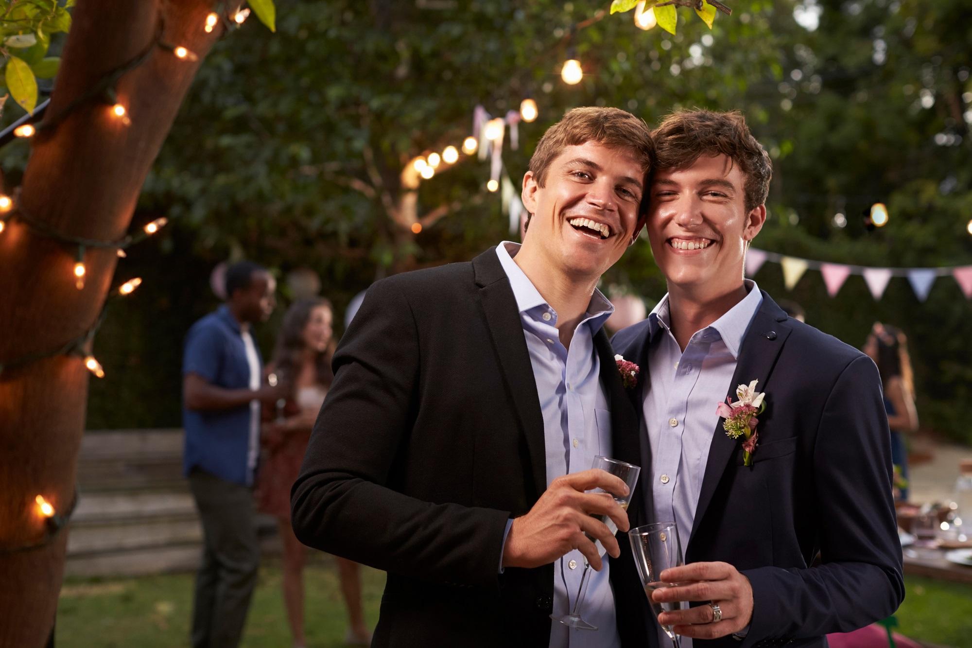 rencontre gratuite gay wedding venues a Saint-Etienne